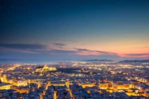 """עתיד שוק הנדל""""ן היווני"""